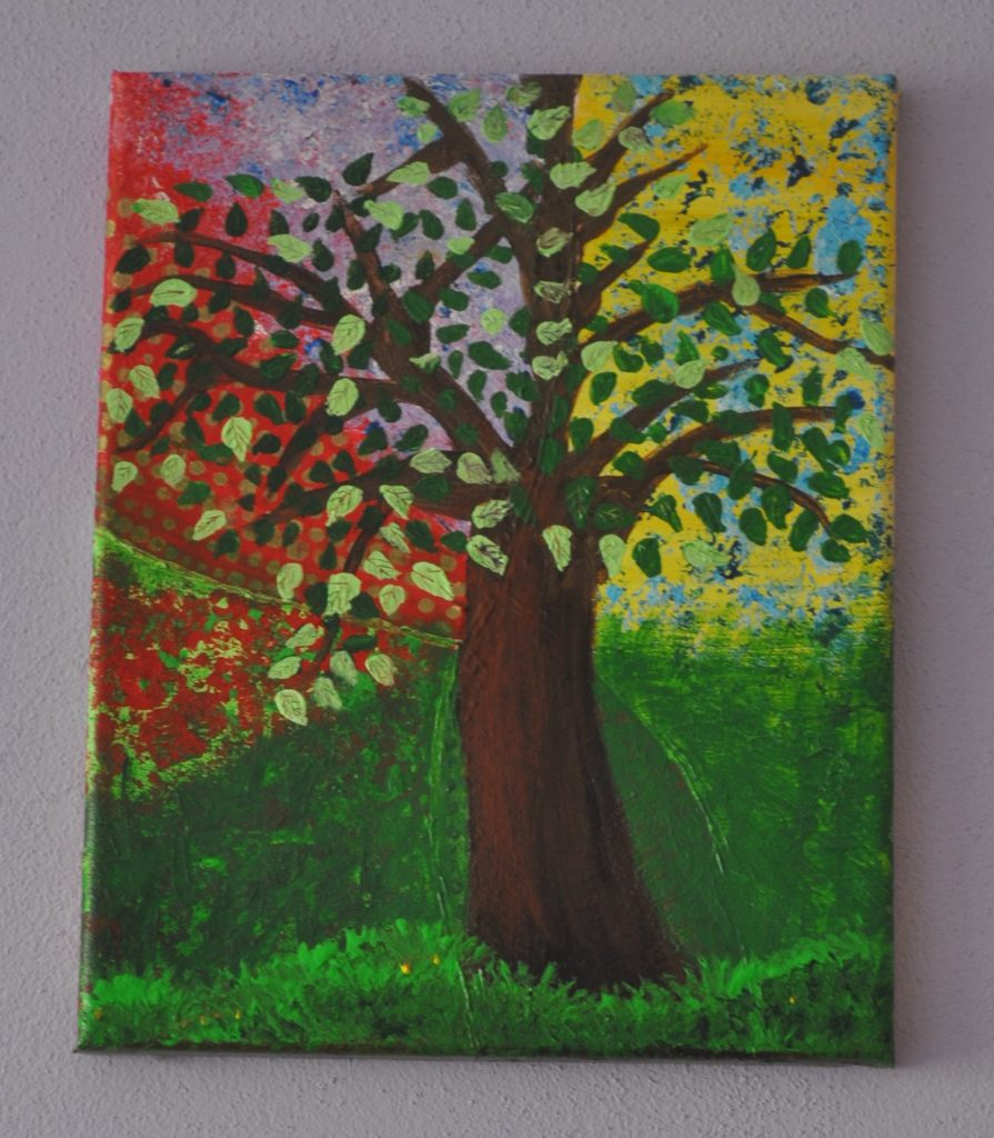 Strom z abstraktným pozadím